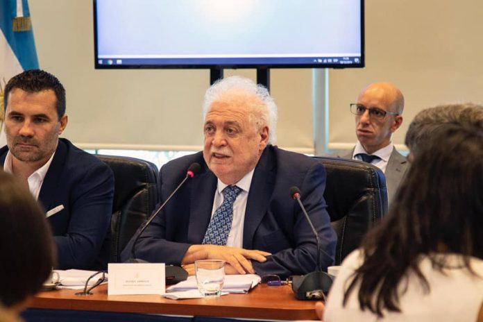Ginés González García, ministro de Salud nacional.