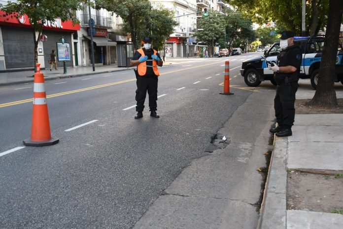 Encuesta: más del 70% de los argentinos pide que la cuarentena se extienda