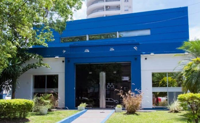 La clínica privada Femechaco, donde falleció el paciente por coronavirus.