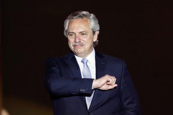 El presidente Alberto Fernández interactuó con usuarios en Twitter