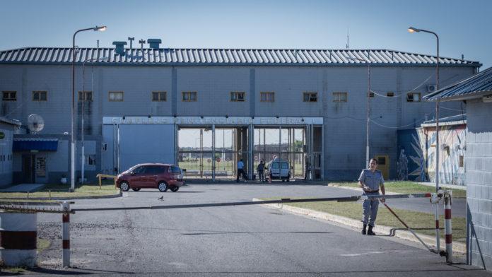 El preso que será beneficiado con la prisión domiciliaria es un interno del penal de Ezeiza.