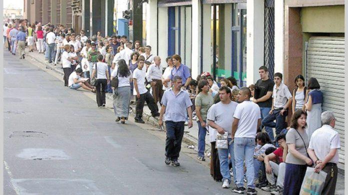 La desocupación bajó al 8,9% a fines de 2019, pero en el Conurbano sigue encima del 10%