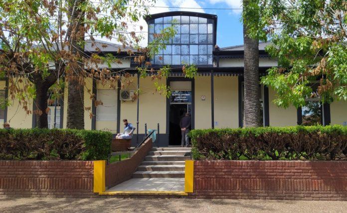 La mujer estaba internada en la Clínica Güemes de Luján.