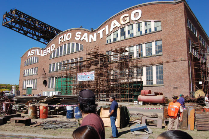 Provincia: buscan que el Astillero Río Santiago produzca alcohol en gel