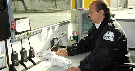 Berni convocó a empresas de seguridad privada para los controles por la cuarentena