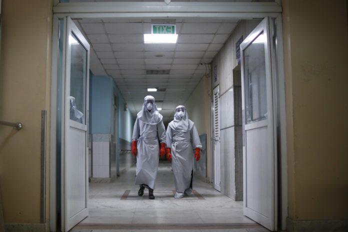 Confirman otros 55 casos de coronavirus, 8 en PBA: el total es 745, con 19 muertos