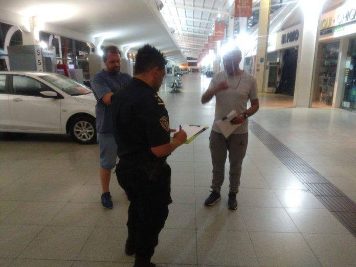 El procedimiento policial en la terminal rosarina.