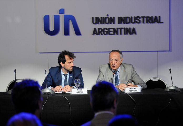 La UIA pide apertura parcial de bancos para cubrir necesidades de empresas