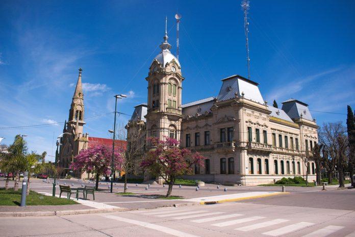 El Palacio Municipal de Tres Arroyos fue inaugurado en 1906.