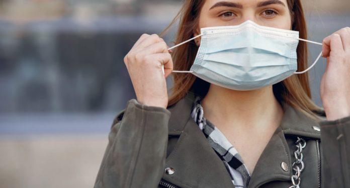 El tapabocas evita que los asintomáticos contagien.