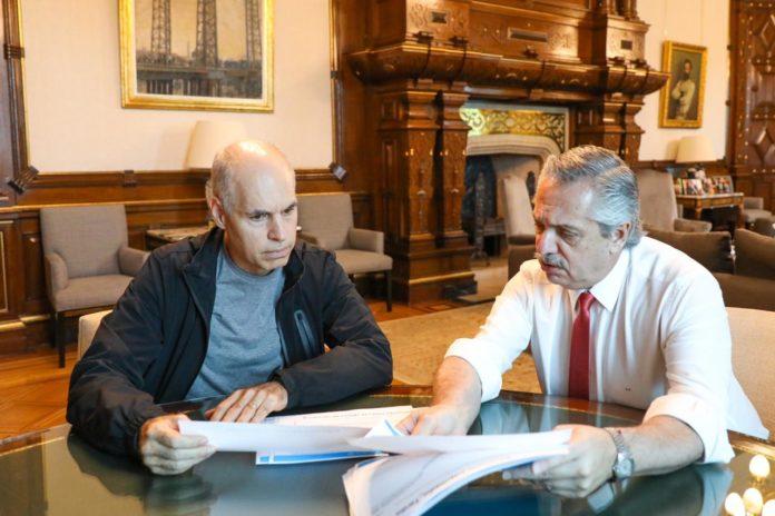 Fernández respaldó a Larreta en la polémica por el permiso de circulación para adultos mayores