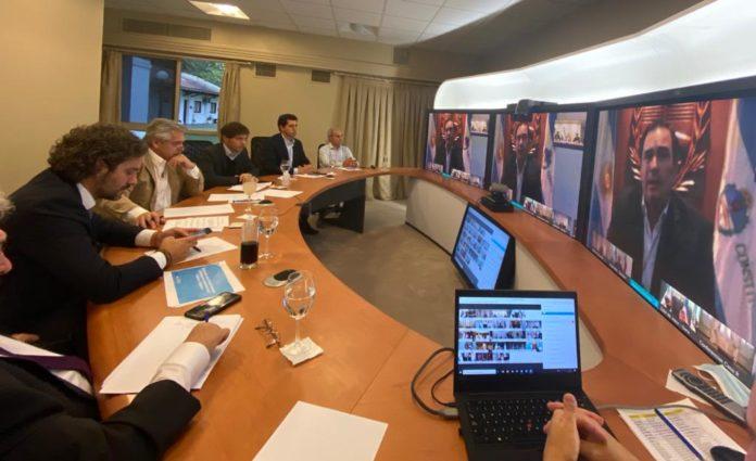 El Gobierno se reunió con gobernadores por teleconferencia para establecer la estrategia a seguir.