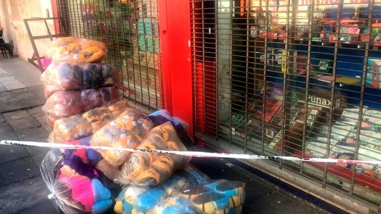 Parte de la mercadería incautada por la Policía.