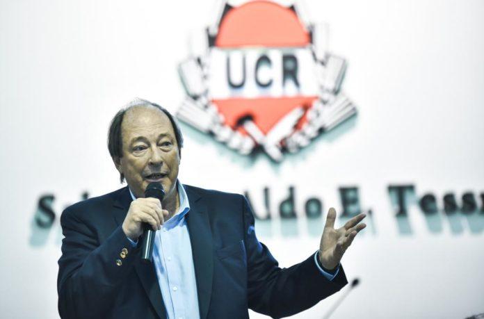 """Sanz pidió """"postergar"""" los individualismos y un Congreso abierto"""