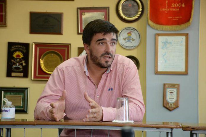 El intendente de Olavarría, uno de los que avanzó con el uso obligatorio del barbijo
