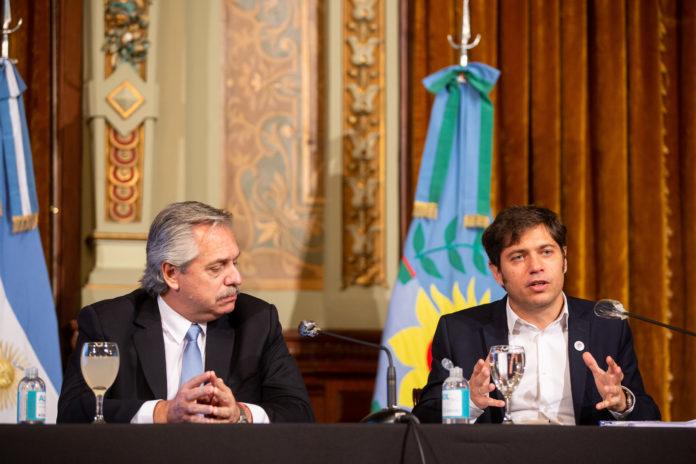 El Presidente viajó a La Plata para participar de un acto con Kicillof
