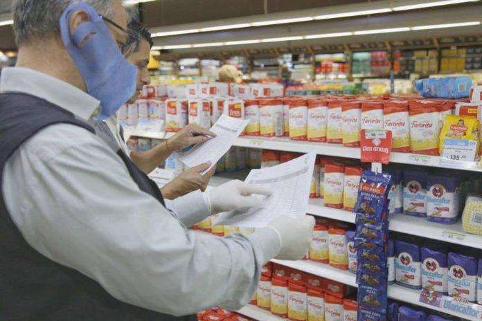 Polémica por sobreprecios en productos alimenticios