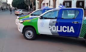 Un comisario fue hallado muerto en una camioneta en La Plata