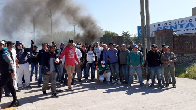 "Desafectaron a policías que reprimieron a trabajadores en Quilmes: ""No tenían órdenes"""