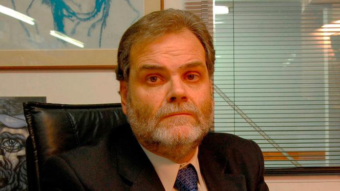 El Defensor de la Tercera Edad pidió la renuncia de Vanoli por el caos en los bancos