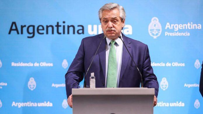"""Fernández pidió por """"un nuevo pacto federal"""" para distribuir la riqueza"""