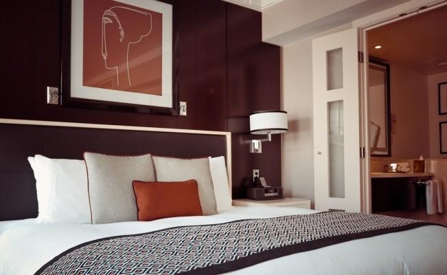 Cuarentena en provincia: nuevas medidas para hoteles que aíslen y funerarias