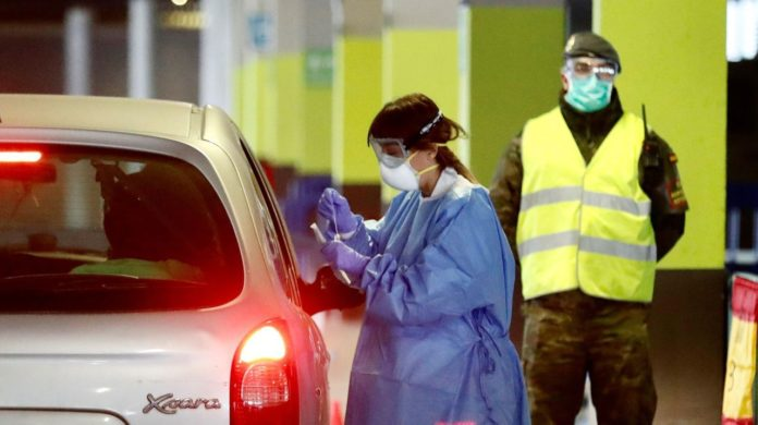 La tendencia de muertes en España continúa a la baja