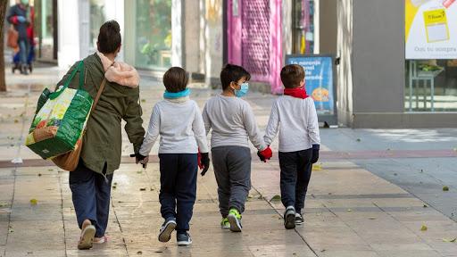 """Divididos por DNI o edad y sin el límite de 500 metros: así serán los """"paseos"""" en el interior"""
