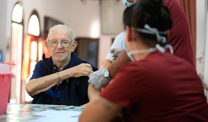 Coronavirus: proponen crear línea de asistencia psicológica para adultos mayores
