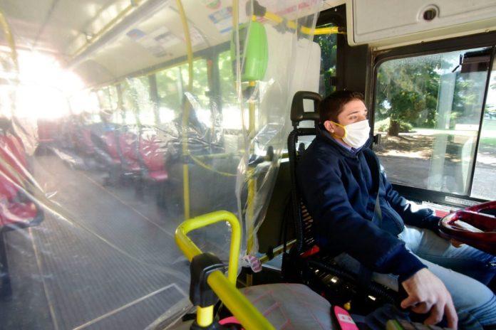 Casi la mitad de los argentinos dejaría de viajar en transporte público por el Coronavirus