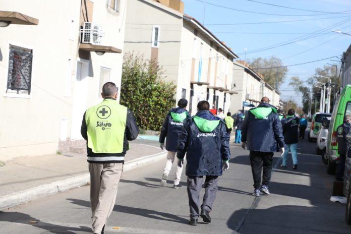Conurbano bonaerense: aíslan un barrio de emergencia por 53 casos de coronavirus