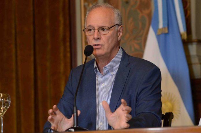 Ministro de Salud provincial, Daniel Gollan