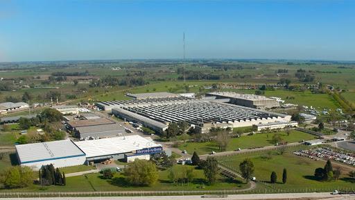 Autorizan la reapertura de 53 fábricas en La Matanza con protocolos sanitarios