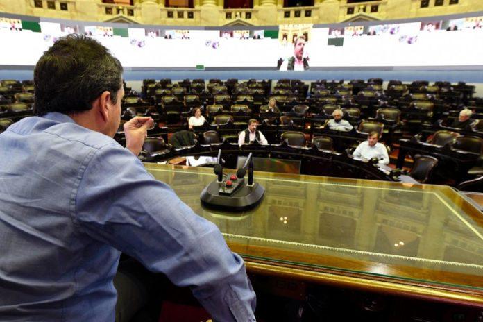 Sergio Massa prueba las sesiones virtuales en el Congreso