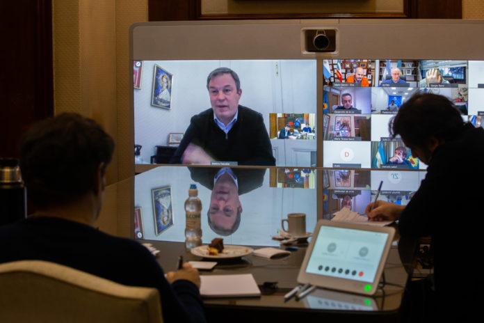 """Cuarentena estricta: Kicillof advierte sobre """"dispersión"""" del virus en el conurbano"""