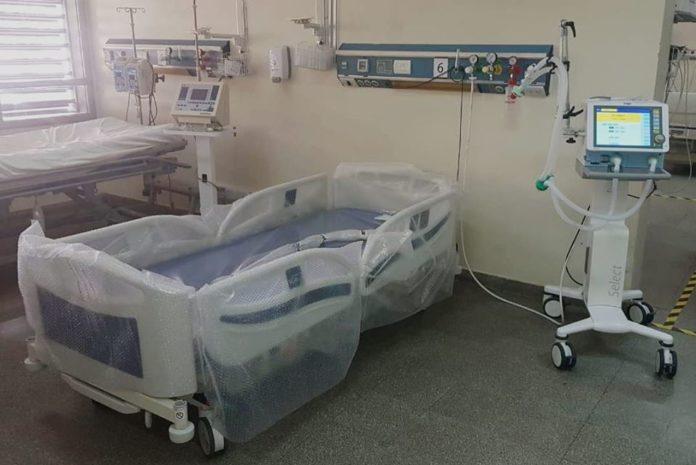 Hay más de 400 personas internadas en terapia intensiva