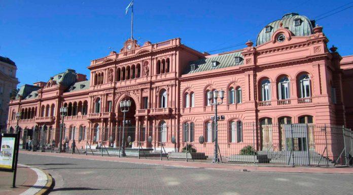 Cuarentena: reunión clave en la Casa Rosada para definir la situación del AMBA