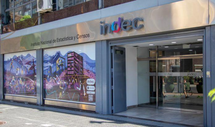 La desocupación bajó al 9,6% en el segundo trimestre del año, informó el Indec