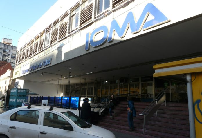 La AMP llama a médicos platenses a atender como particulares a afiliados a IOMA