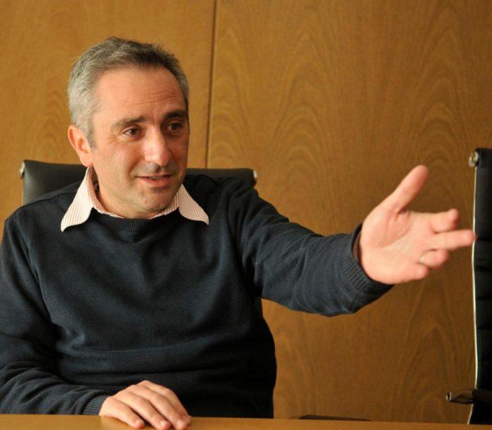 """Larroque pidió """"prudencia"""" en la previa del cierre de listas del FdT"""