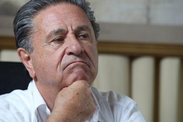 Duhalde también pidió bajar la reforma judicial e ir a un acuerdo con la oposición