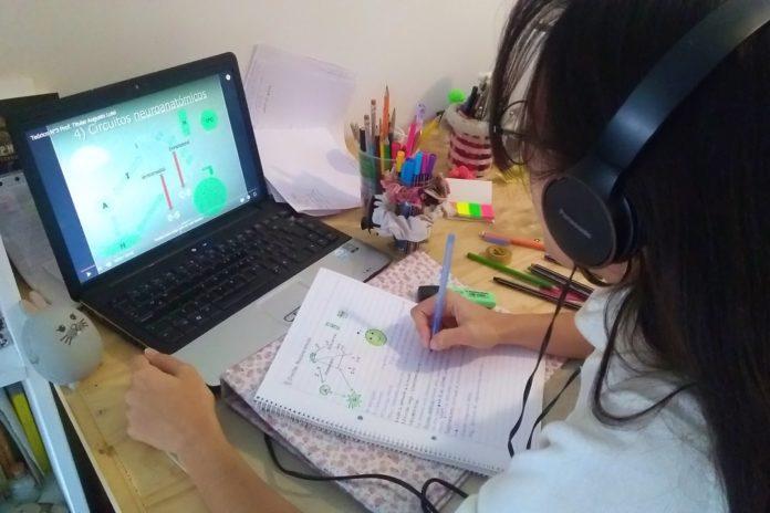 Educación en pandemia: Conicet desarrolló guías sobre virus y vacunas para escuelas