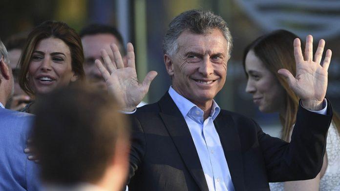 """Macri dijo que el Gobierno quiere """"llevarse todo por delante"""""""