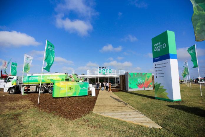 El stand de YPF Agro en la última edición de Expoagro, en marzo de este año. (Expoagro.com.ar)