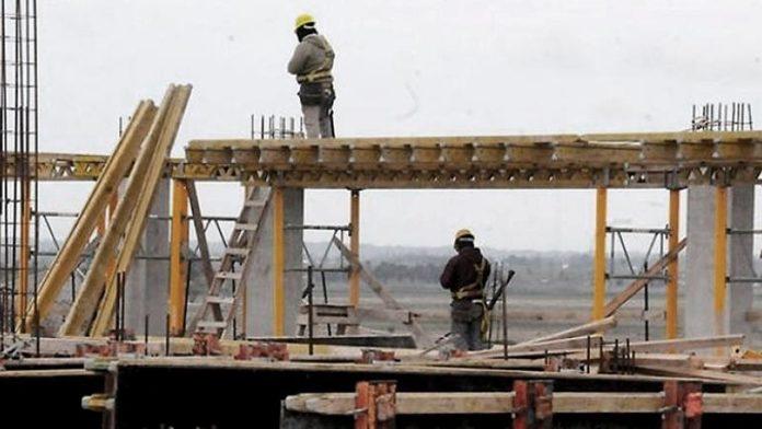 El Gobierno autorizó la construcción privada en municipios en fase 3