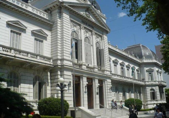 Planteo salarial de la Corte bonaerense: habla de un retraso del 49%