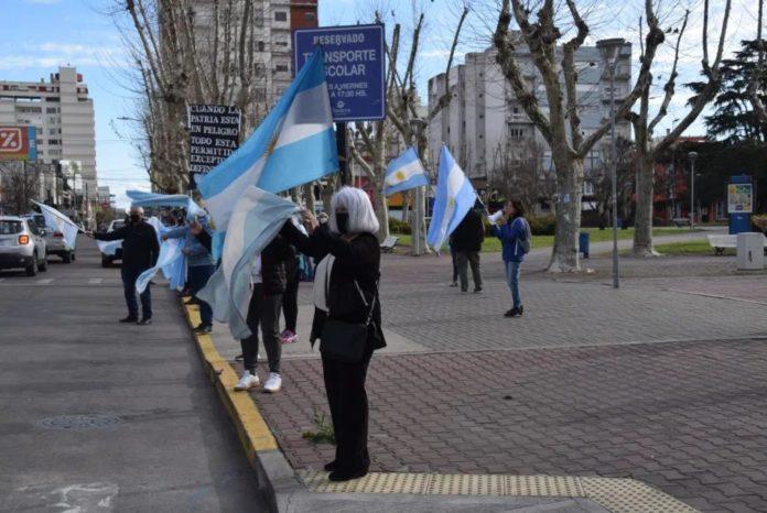 """""""13S"""": el banderazo opositor se sintió en ciudades del interior bonaerense"""