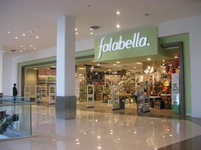 Falabella podría dejar el país: busca socio y cierra cuatro tiendas