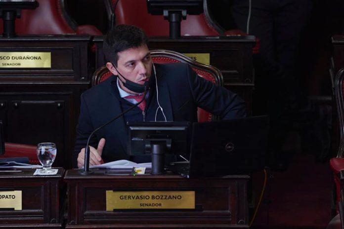 El presidente del bloque de Senadores del Frente de Todos, Gervasio Bozzano.