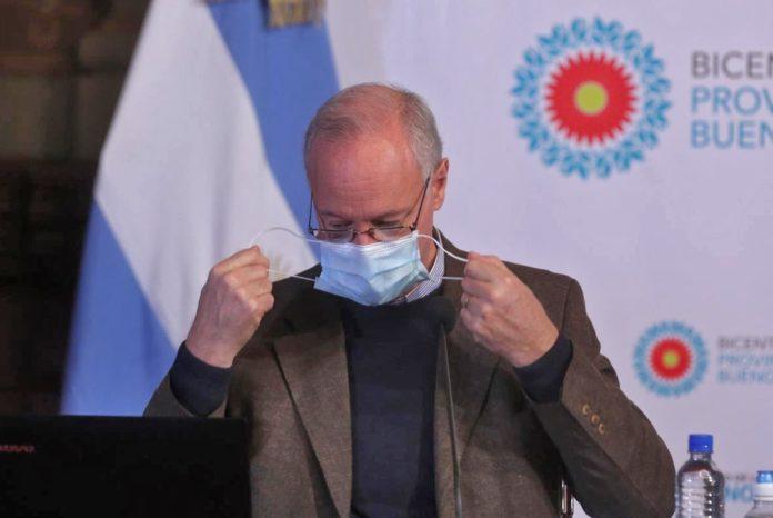 """El ministro de Salud bonaerense, Daniel Gollan, insistió en que no hay """"ocultamiento"""" sino """"retraso en los datos"""". (Twitter)"""